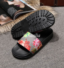 Wholesale Thick Soled Flip Flops - new arrival 2017 mens fashion causal print slide sandals slippers with thick Anti-skid wear-resistant soles euro 38-45