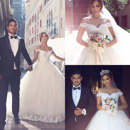 Wholesale Elegant Fall Skirts - White Vintage Wedding Dresses Off Shoulder With Lace Applique Elegant A-Line Bridal Dresses Back Zipper Sweep Train Custom Made Wedding Gown