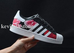 Wholesale Super Lights For Sale - wholesale hot sale White Hologram Iridescent Junior Superstars 80s Pride Sneakers Super Star causal shoes for women