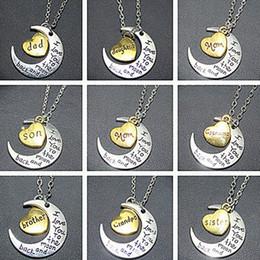 Canada Ordre mixte lune coeur collier pendentif je t'aime à la lune et dos pendentifs colliers papa maman frère frère soeur collier cadeaux cheap mom sister charm Offre