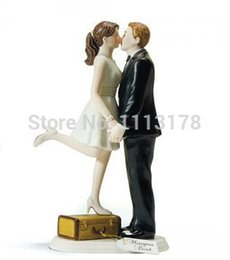 Wholesale couples figurines - Wholesale- Cheap wedding cake toppers decorations bride and bridegroom Figurine cake topper decor kissing couple Valentine's Day gift 37