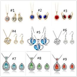 Pendientes de collar de Crysatal de lujo Collar de cristal de flor y pendientes Establece una variedad de estilos para conjunto de joyería de fiesta de mujeres desde fabricantes
