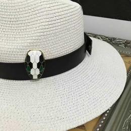 2019 boonie sombreros verde 2017 Diseñador de los mejores sombreros de calidad de las mujeres de lujo Cloches sombreros de playa señora sombreros de paja gorras de las mujeres moda ala ancha señora sombrero para el sol disponible