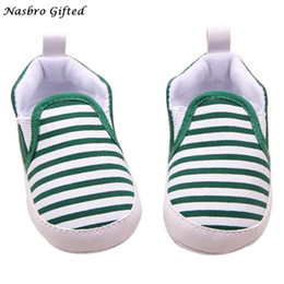 Wholesale Shoes Warm Very - Wholesale- Baby Fringe Soft Sole Crib Warm Walker Shoes Soft material makes baby feel very warm and comfortable F17