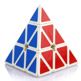 Wholesale Mini Brain - Game Mini Pyraminx Cube Brain Teaser Puzzles Plastic Polymorph Cubo Magico Hand Spinners Educational Toys For Children 80D0508