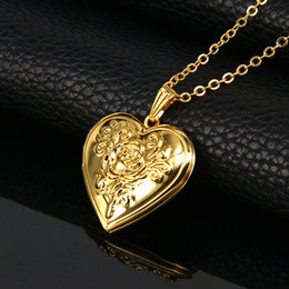 Wholesale Gold Photo Frame Pendant - Fashion Photo Frame Memory Locket Pendant Necklace Gold Color Romantic Love Heart Vintage Rose Flower Jewelry Women Gift