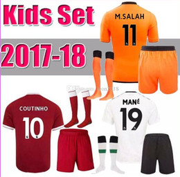 Wholesale Athletic Boy Shorts - 17 18 kids+socks Real Madrid Jersey Kits Athletic & Outdoor Apparel JAMES BALE RAMOS ISCO kids+sock away black child Rugby Shirts.