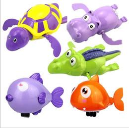 brinquedo de natação de tartaruga Desconto Baby Wind Up Águas Brinquedos Banho Adorável Tartaruga Tubarão Peixe Hipopótamo Clockwork Cadeia de Natação Animal Crianças Bathtime Brinquedos Clássicos YH986