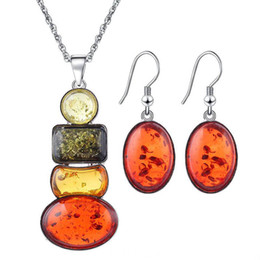 Wholesale Amber Insect Necklace - Explosive insect amber color beeswax jewelry set fine necklace earrings set wholesale Beeswax Jewelry Set Necklace Earrings Rings