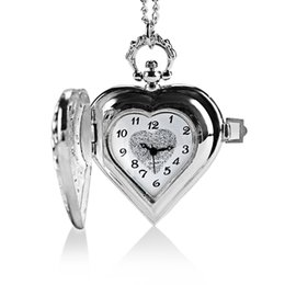 Wholesale Heart Shape Watches - Wholesale-Heart Shaped Pocket Watch Women Quartz Watches with Necklace Chain Christmas Gift P72
