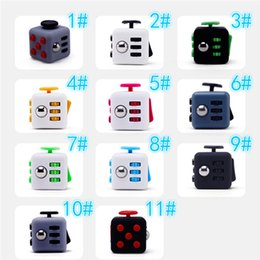 Wholesale Toy Novelty Wholesalers - 2017 New Novelty Toys Finger Spinners Fidget Cube the world's first American decompression anxiety Toys Fidget Spinner Retail Box DHL