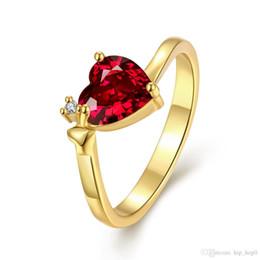 Anillo de piedras preciosas grandes Anillo de señora clásico Corazón 18 K oro blanco plateado con incrustaciones de incrustaciones de circonio azul rojo joyería del anillo del banquete de boda de las mujeres desde fabricantes
