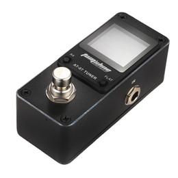 Efectos de mini guitarra online-AROMA AT-07 9V Black Mini Pedal de efecto de afinador cromático Mini Single Guitar Guitar Effects