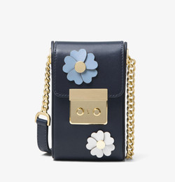 Wholesale Three Mobile Cell Phones - 2017 New Three-dimentional Flower Mobile Phone Bag Mini Lock Shoulder Bag Crossbody Bag Fashion Coin Purse