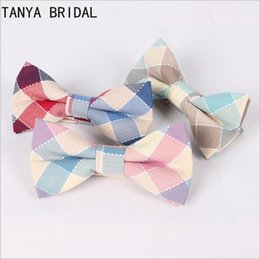 Wholesale Wholesale Bow Ties Cheap - Cotton Plaid Bow Tie Groom Wear lattice Ties Wedding Event Stripe Red Brown Purple Groom Ties Cheap XQ4