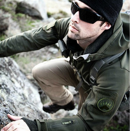 Wholesale Winter Camouflage Clothing Hunting - Tactical Clothing Lurker Shark Skin SoftShell V4 Outdoors hunting Tactical Jacket Men Waterproof Windproof Coat winter jacket Camouflage
