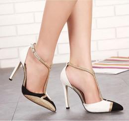 Canada 2017 nouveau style européen sandales d'été femmes chaussures de mode chaussures à talons hauts Pointu strass Fight couleur sexy chaussures femme sandales cheap shoes women fashion style Offre