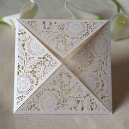 Wholesale Black Wedding Cards - Luxury wed invitation square wed invitation laser cut flower design wed card invitations free shipping wholesale