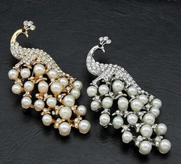 Wholesale White Gold Peacock Dress - Creative Vivid Peacock Pin Stylish Pearls Crystals Brooch Gown Dress Shirt Coat Decoration Accessory Decent Gift
