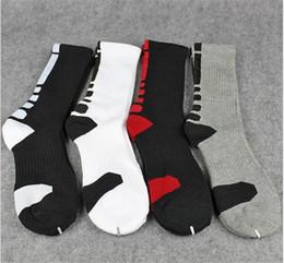 Wholesale Sport Compression Sock Wholesale - 50 pair USA Professional Elite Basketball Socks Long Knee Athletic Sport Socks Men Fashion Compression Thermal Winter Socks A057