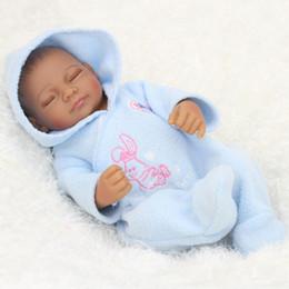 realistische babypuppe silikon Rabatt 28 cm schwarz haut baby boy realistische reborn baby puppe weiche silikon vinyl neugeborenes baby mädchen kinder kind geburtstagsgeschenk spielzeug