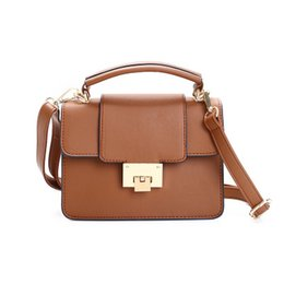 Wholesale Discount Mini Handbags - Fashion handbags, popular elements, European and American style, discount sales, travel must, the best to see the bag, beautiful handbags