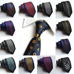 Wholesale Black Blue Mens Skinny Ties - 22 Styles 6cm Fashion Slim Men Silk Ties Magnificent Noble Skinny Mens Neck Ties Handmade Wedding Necktie Mens Business Ties Stripes Dots