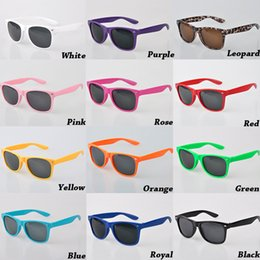 Wholesale Mens Style Cheap - 2017 Multi-color Unisex Cool Womens and Mens Most Cheap Modern Fashion Beach Sunglass Plastic Classic Style Sunglasses Free Shipping DHL