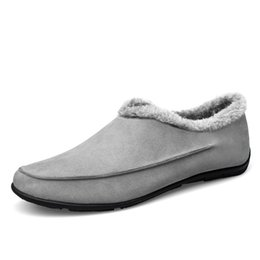 Wholesale Thick Bottoms Shoes - Wholesale-New Men Leather Soft Rubber Bottom Slippers House Warm Winter Man Shoes Slipper Plus Thick Velvet Cotton-Padded Shoes Zapatillas