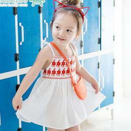 Wholesale Korean Kids Cloths - Summer Korean Baby Girls Dresses Cute Embroidered Flower Kids Cloth Cotton Bowknot Sleeveless Children's Dresses Princess Party Dress A6765