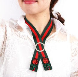 Wholesale Wholesale Green Ribbon Necklaces - Embroidery Red Green Stripe Chokers Necklaces For Women Big Flower Short Ribbon Necklace