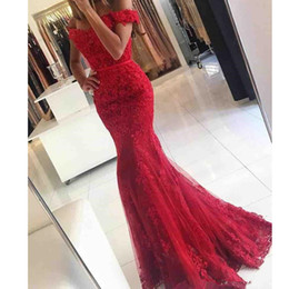 Wholesale modern chinese wedding dress - Chinese Red Mermaid Wedding Dress 2017 Sash Lace New Open Back Bridal Gowns Formal Custom Made Classic Romantic Applique Off Shoulder