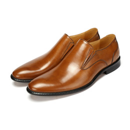 Wholesale Simple Flat Wedding Shoes - fashion Italian luxury retro classic mens dress shoes genuine leather simple round toe for men business