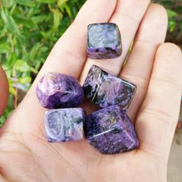 Alta qualidade 20--30 mm naturais cubo de cristal quadrado Charoite caiu pedra de cristal de cura presente do negócio de pedra amigos casa docoration de