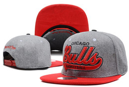 Wholesale Design Snapbacks - 2017 New fashion Design many Colors Women Men Bones Snapback Hats Fashion Bull Fitted Baseball Cap Hat Hip Hop Caps For Men Free Shipping