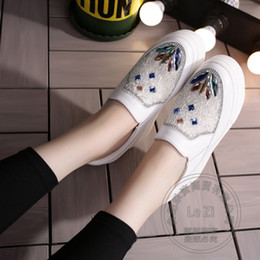 Wholesale China Fashion Working Woman - Mature Work Women's Shoes Heavy-bottomed Durable Fashion Gemstone China Shoes Solid Soft Leather Pu Wide Foot Shoes