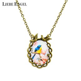 Wholesale Vintage Bird Jewelry - Wholesale-Summer Style Jewelry Vintage Antique Bronze Oval Flower Bird Alloy Pendant Necklace Glass Cabochon Statement Necklace for Women