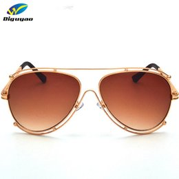 Wholesale Frame Out Mirror - Wholesale- Brand Designer 2016 New Classic Luxury Pilot Sunglasses Women Hollow Out Metal Frame Sun Glasses Driving Mirror Eyewear male