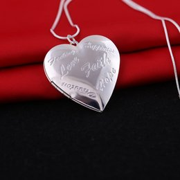 Wholesale Heart Locket Photo Frame Necklace - Photo Frame Memory Locket Pendant Necklace Silver Gold Color Romantic Love Heart Vintage Love Necklace Love Jewelry Women Gift
