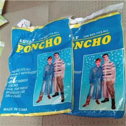 Impermeables PE portátiles desechables Poncho Ropa de lluvia Abrigo de lluvia de viaje Ropa de lluvia Regalos Colores mezclados desde fabricantes