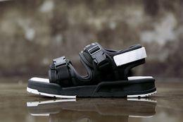 Wholesale Wholesale Designer Sandals - new fashion mens beach sandals summer men water sandal designer black men sandals casual size:36-43