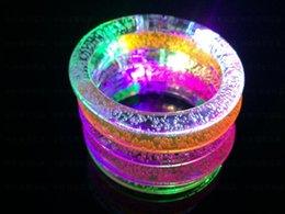 Canada Nouveau Acrylique led bracelet bracelet flash / décrochage lumineux vente de jouets en gros bracelet pour enfants supplier acrylic latex wholesale Offre