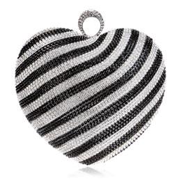 Wholesale Heart Shape Clutches - Wholesale-Wedding Women Handbags Day Clutches Diamonds Evening Bags Ring Metal Rhinestones Fashion Purse Messenger Heart Shaped Bag