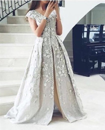 Wholesale Embroidered Green Evening Gown - Caftan Dubai Evening Dresses Embroidered Appliques Flowers Silver A-Line Formal Dress Button Slit Split Elegant Prom Gowns