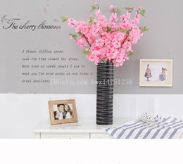 Wholesale Simulation flowers long section of a single cherry blossom wedding floor furnishings cherry blossoms shoot props simulation plants