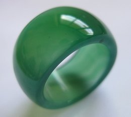 Wholesale Green Natural Products - 2017 NEW products Natural agate Green color fashion rings Free shipping