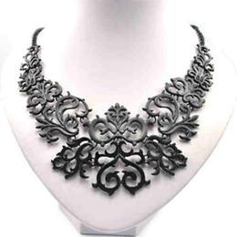 Wholesale Snake Bib Necklace - Wholesale-New Statement Charming Fashion Women Hollow Bib Choker Statement Vintage necklaces pendants CQ0413