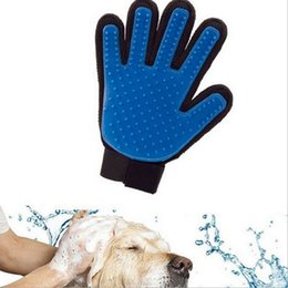 Wholesale Grooming Products For Pet - New Arrival Deshedding Pet Glove True Touch For Gentle And Efficient Grooming Removal Glove Bath Dog Cat Brush Comb