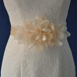 Wholesale Cheap Womens Belts - 2017 New Arrival Womens Fashion Accessories Girdle Artificial Flower Wedding Dress Belts for Bride Wedding Supplies Long Belt R50 Cheap
