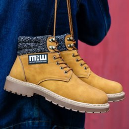 Wholesale Mens Waterproof Boots 39 - 2017 Fashion Classic 10061 Wheat Yellow TBL Boots Mens Retro Waterproof Outdoor Martin boots Work Sports Shoes Casual Sneakers Size:39-44
